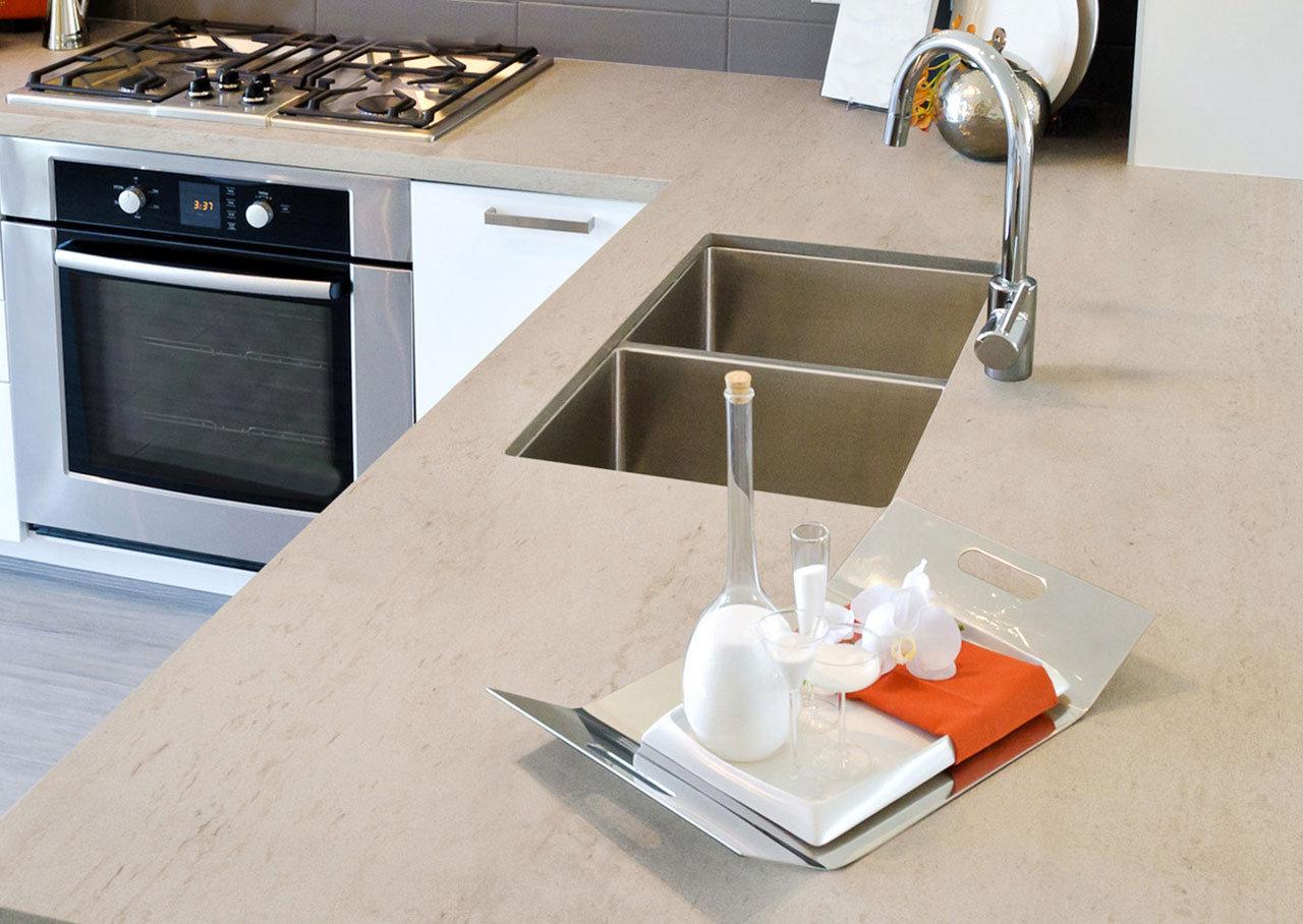 plan de travail ceramique dekton pour votre cuisine et salle de bain. Black Bedroom Furniture Sets. Home Design Ideas