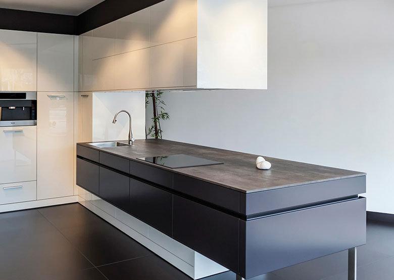 Plan de travail ceramique the size pour votre cuisine et - Dimensions plan de travail cuisine ...